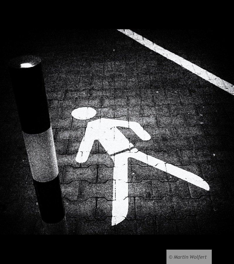 Tag #22 | Walking stickman
