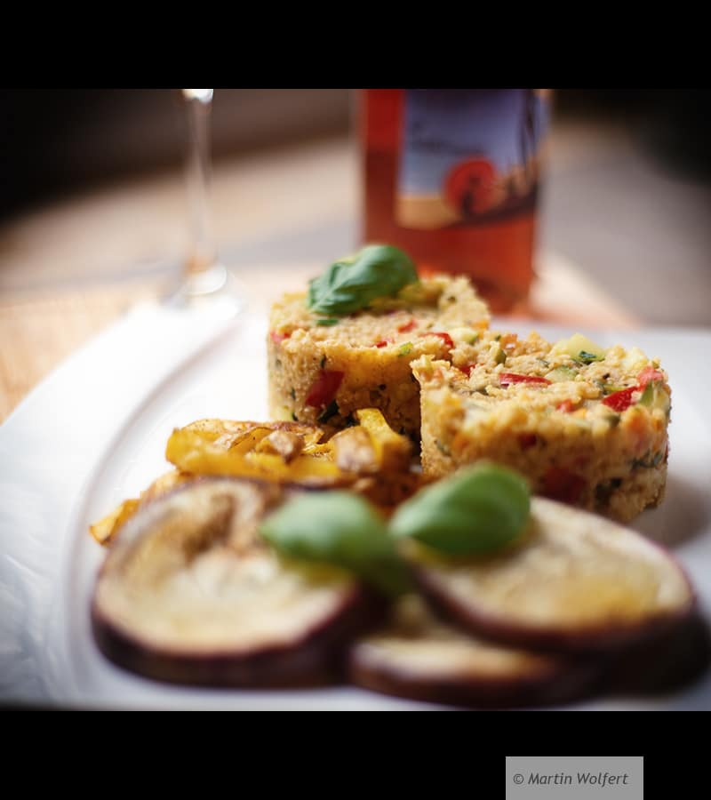Aubergine steak with sumer vegetables on millet bed #308