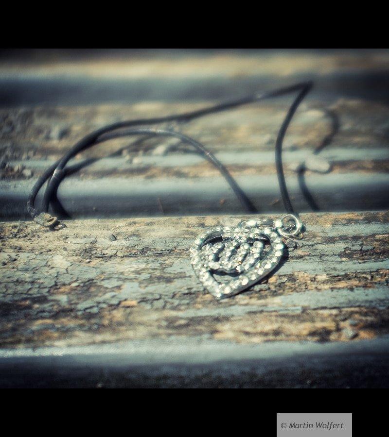 Lost jewelery #325