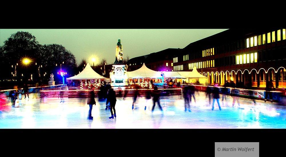 Ice skating #79